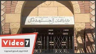 قبر أحمد زكى بلا زوار..ورسالة على الباب: