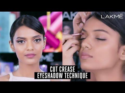 Easy Smokey Eye Makeup Technique with Lakmé