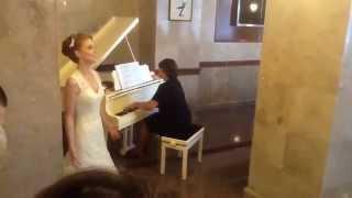 Свадебная песня невесты, вот это голос!