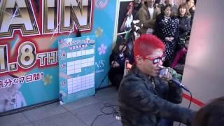 『109MEN'S 7DAYS BARGAIN』のビジュアルモデルを務める、 「SHIBUYA PARTY ROCKER あっくん」の熱いライブパフォーマンス 2015.1.2.(金)撮影 ...