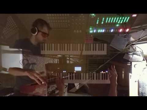 DeepMind 12 / TR-8 Jam (House/Techno)