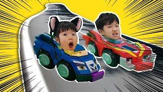 The car turns into a top? Top Pin Battle Car tournament 자동차가 팽이로 변신?! 유니와 미니의 탑핀 배틀카 토너먼트-Romiyu 로미유