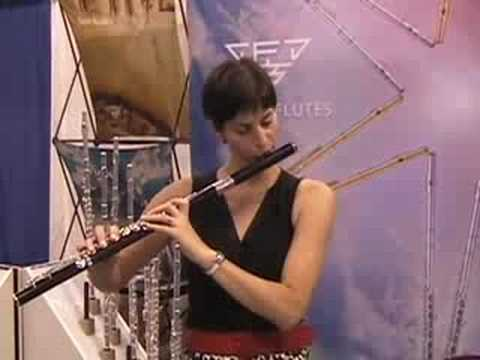 Nina Perlove Playing On A Sankyo Wood Flute