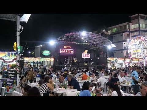 Kev in Thailand, Great food market in Hua Hin, With live music ! Vlog 270