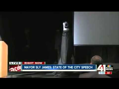 Muslim Storms Podium During Kansas City Mayor's Speech, Shouts What The Fuck He Ain't Goddamn Did!