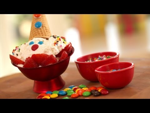 DIY Clown Ice Cream Sundae | Kin Community