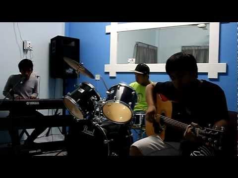 Terus Menunggu (Original Song)