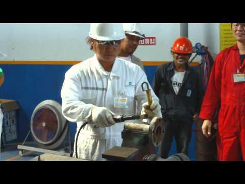 Safety Tools Demo in PTTPLC Phuket เจียร์ขณะราดน้ำมัน