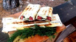 Охотничьи калбаски в лаваше с сыром