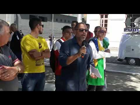 Juarez Teixeira, diretor do SINDPREV-AL, discursa na Assembleia Unificada de Maceió