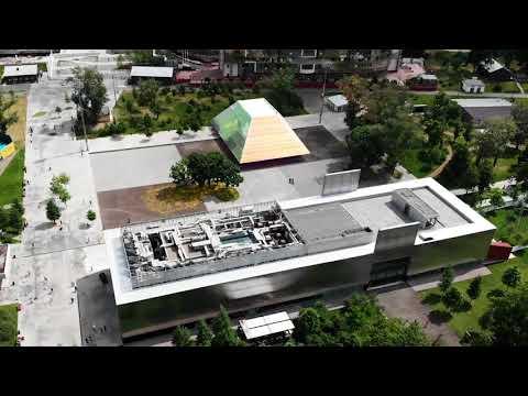 Garage Screen Cinema / SYNDICATE Architects