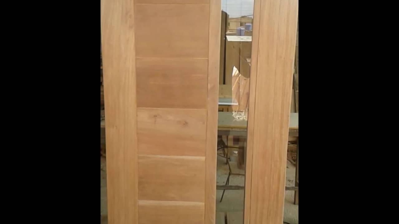 Puerta en cedro con vidrio dise o minimalista youtube for Puertas de entrada con vidrio