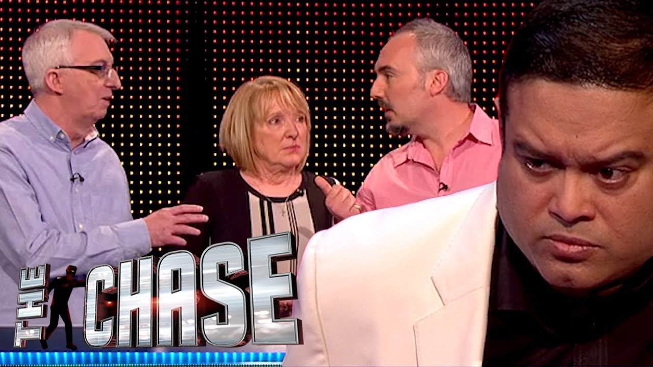 The Chase Brilliant Team Takes On Paul Sinha For A 17 000 Jackpot Youtube