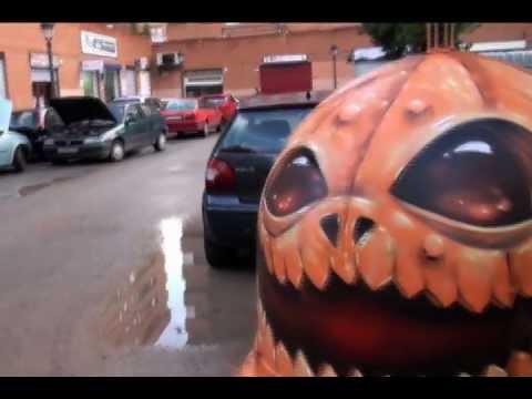 souls-of-halloween-by-duke103.-street-art-2011.