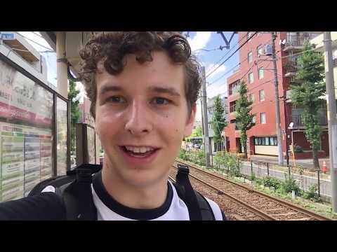 JAPAN VLOG: Riding the Oldest Tram in Tokyo - Tokyo Sakura Tram (Toden Arakawa Line)