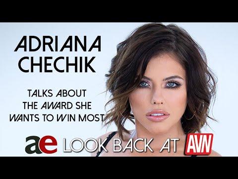 Adriana Chechik 9