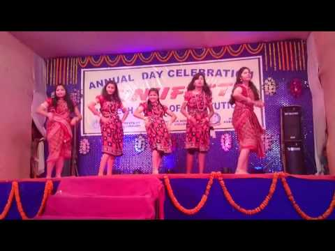Pani Mari Dela Jhain Re ♡ Stage Dance Video ♡