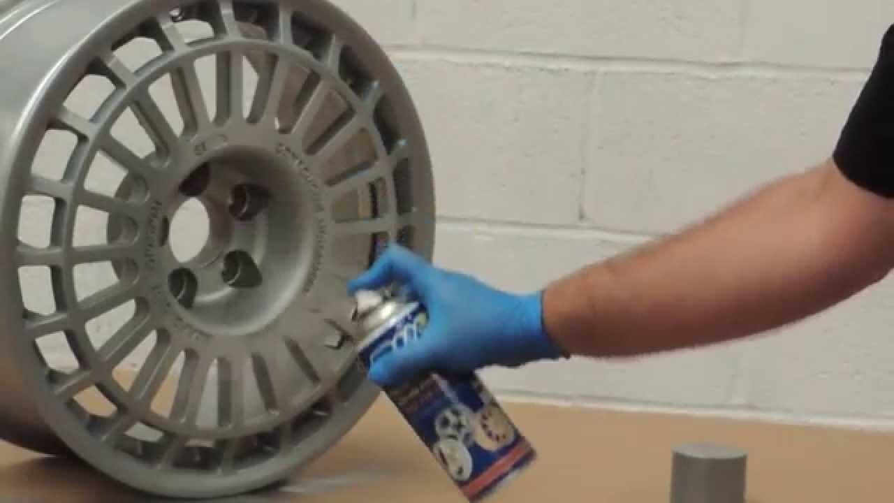 Como pintar con spray una llanta de aluminio con pintura - Pinturas para metal ...