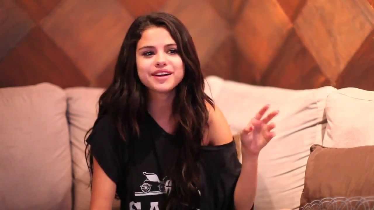 708031c8f62095 Selena Gomez - Answers Fan Questions - YouTube