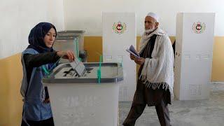 بدء الانتخابات البرلمانية الأفغانية وسط تشديدات أمنية ومخاوف من عنف محتمل…