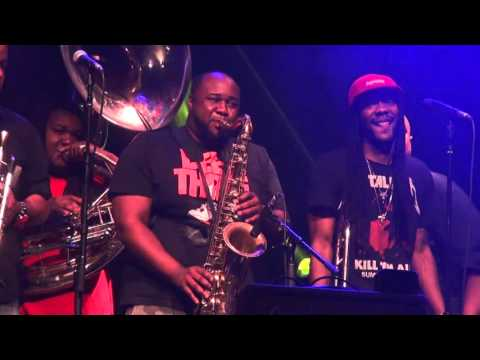 """The Soul Rebels with Gov't Mule """"Pass The Peas"""""""