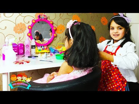Ashu Pretends Play Hair & Beauty Salon with Kids Makeup Toys Videos By Toys And KidsPlay