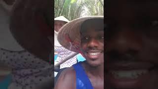 Anh Tây Nói Tiếng Việt Siêu Dễ Thương