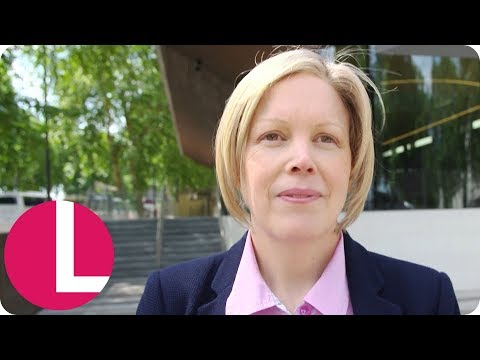 The Metropolitan Police Join Forces With Lorraine's Breast Cancer Awareness Campaign | Lorraine