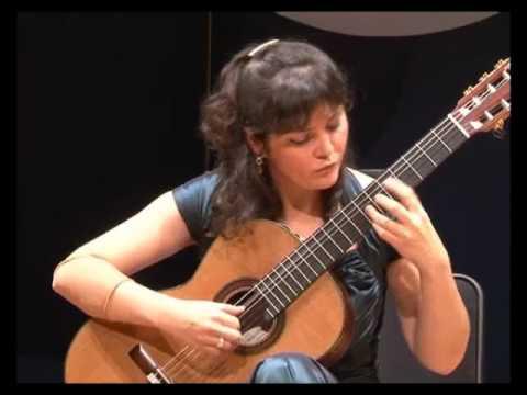 Irina Kulikova plays Torroba Sonatina in Shanghai