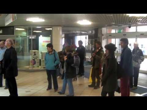 World Fiddle Day Manx music flash mob!