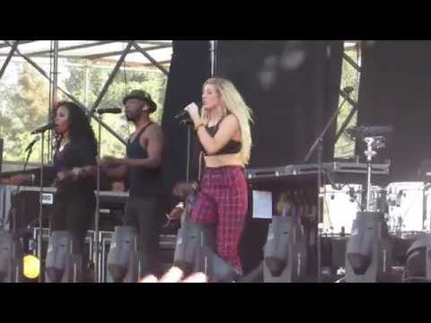 Ellie Goulding - Figure 8 [Lollapalooza Chile 2014]