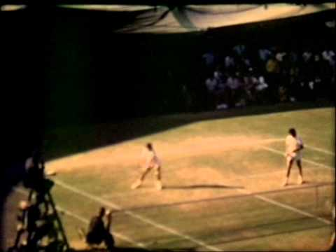 Ilie Nastase and Jimmy Connors. Men´s Doubles champs.Wimbledon1973