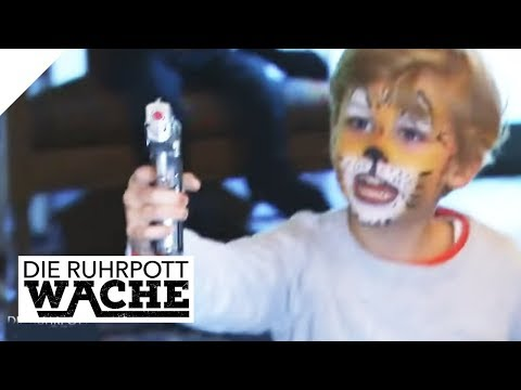 Gefährliches Spielzeug: Wer gab dem Kind die Waffe?   Die Ruhrpottwache   SAT.1 TV