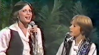 Keith Urban & Jenny Wilson duet An Angel Rejoiced Last Night 1979