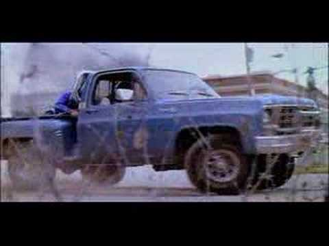 Red Dawn Trailer (1984)