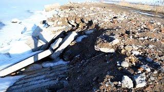 В Одессе разрушается дамба Хаджибеевского лимана(В результате мощнейшего снегопада в Одессе, за которым последовала резкая оттепель спровоцировавшая много..., 2016-01-30T17:28:10.000Z)