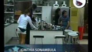 Cinthia sonámbula - Gran Hermano Famosos