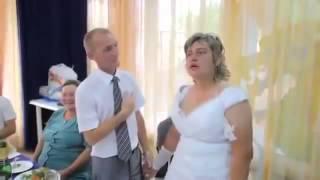 русская невеста не отошла от девишника