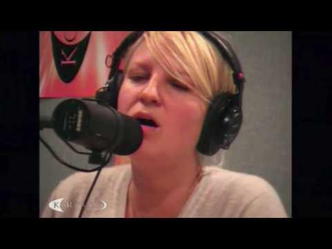 Sia - Breathe Me (Live at KCRW 2006)