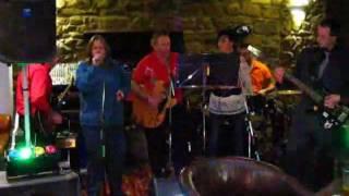 Ben Davis & The Thunderbirds Rock n Roll Band Shake Rattle n Roll.