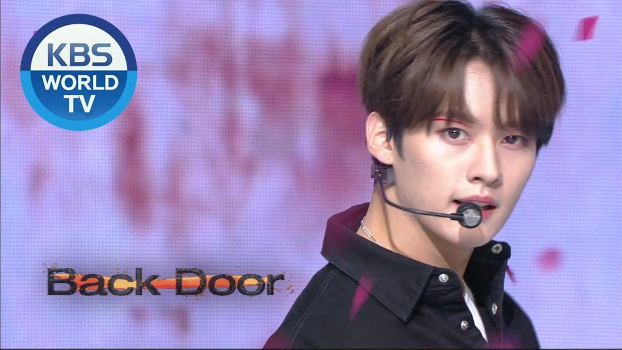 Stray Kids - Back Door [Music Bank / 2020.09.25]
