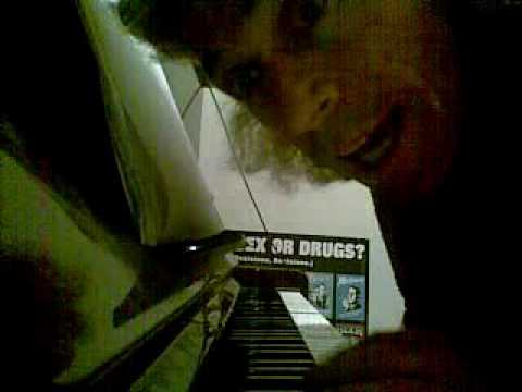 Penis piano player