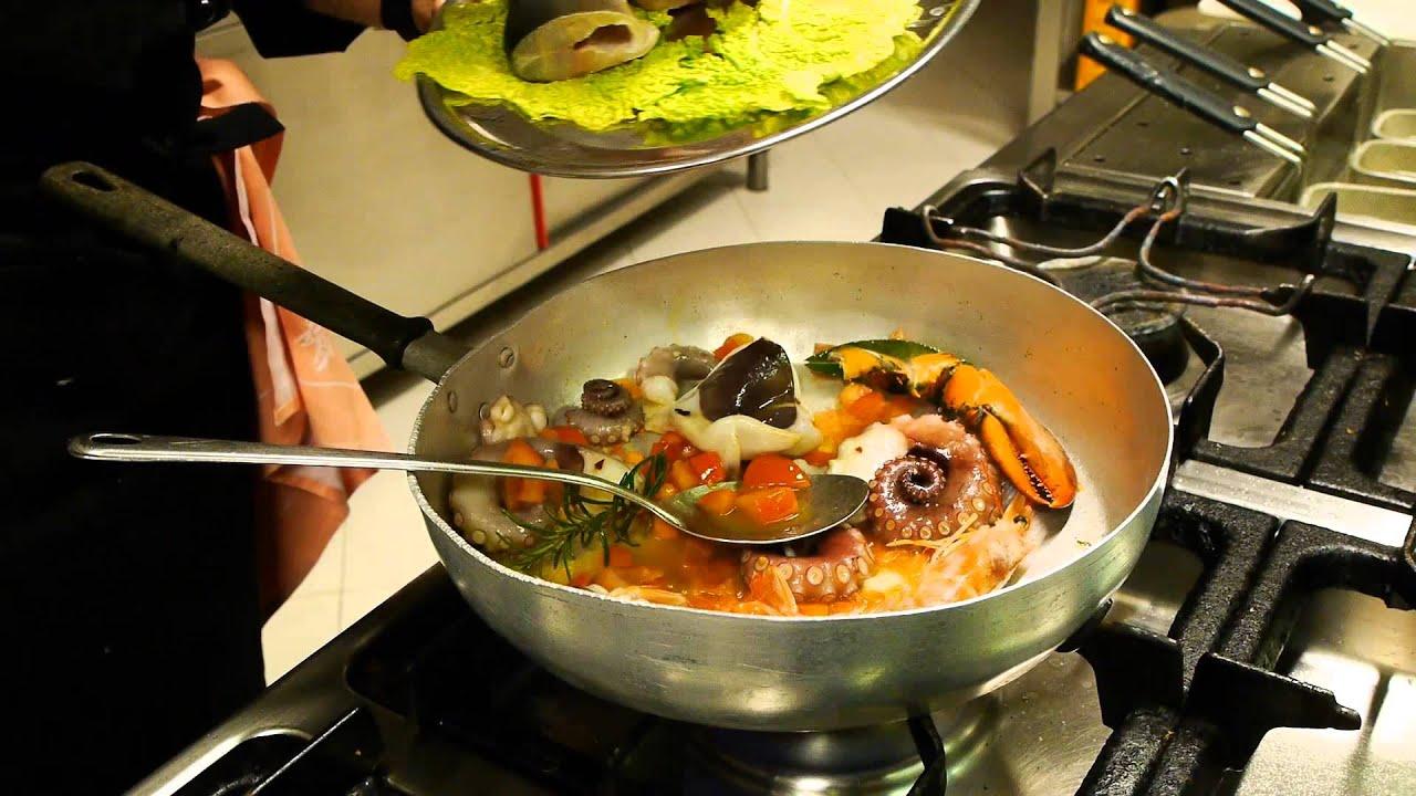 Come Fare La Zuppa Di Pesce Ricette Dolci E Cucina Youtube