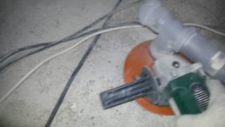 видео Как шлифовать и красить пол из бетона