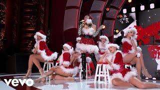 "Gwen Stefani - Santa Baby (Live From ""Gwen Stefani's You Make It Feel Like Christmas"")"
