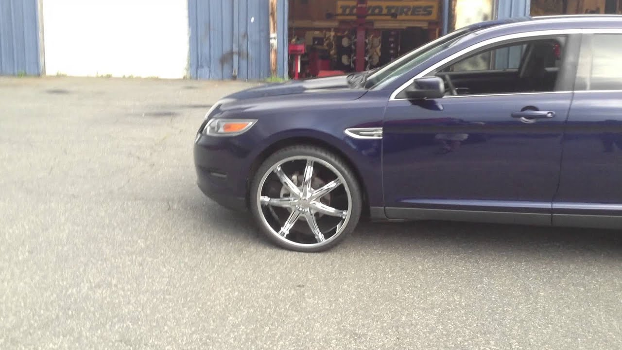Rimtyme Of Charlotte Rolling Out A Ford Taurus With  Wheels Youtube