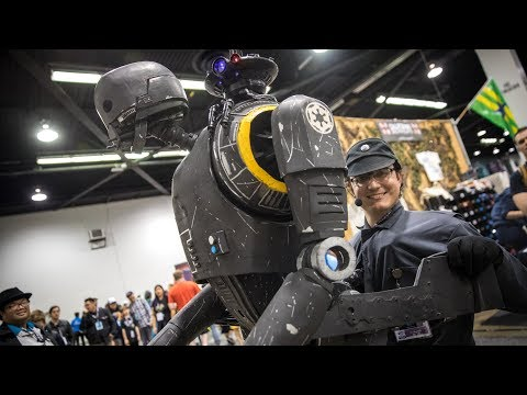 Life-Size K-2SO Puppet Cosplay!