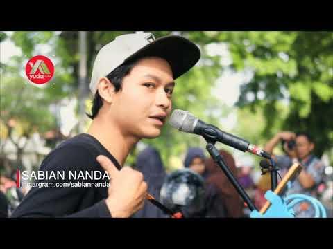 Resah Payung Teduh - Lagu Super Keren Cover Pengamen Jalanan Malang