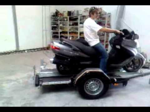 Mil remorques porte moto pour grosse cylindr e youtube - Remorque porte moto grosse cylindree ...