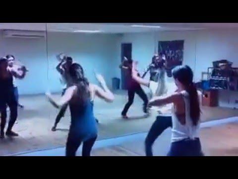 Diggy down (Dance)